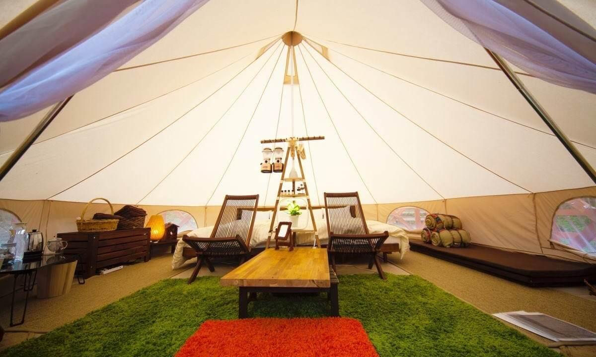 ザ・ファームのテント客室の内装