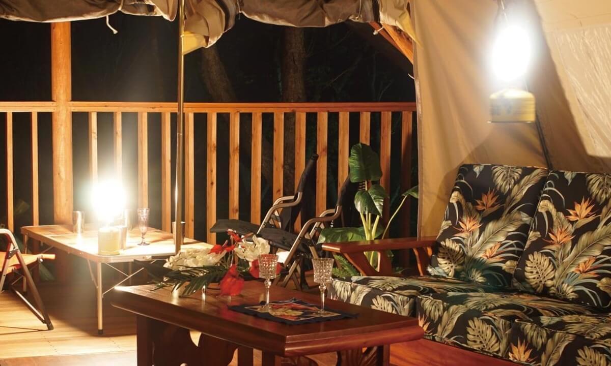 静岡県おすすめグランピング施設 マヒナ・グランピング・スパ・ヴィレッジ お部屋写真