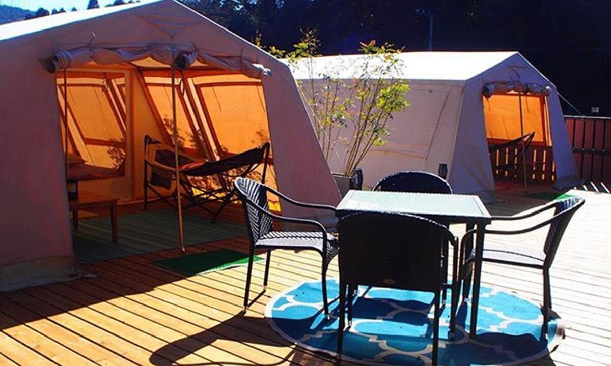 サンデンビレッジのテント客室外観
