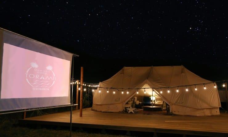 関東のおすすめグランピング施設「Ocean's Camp TORAMII-ichinomiya」の夜景