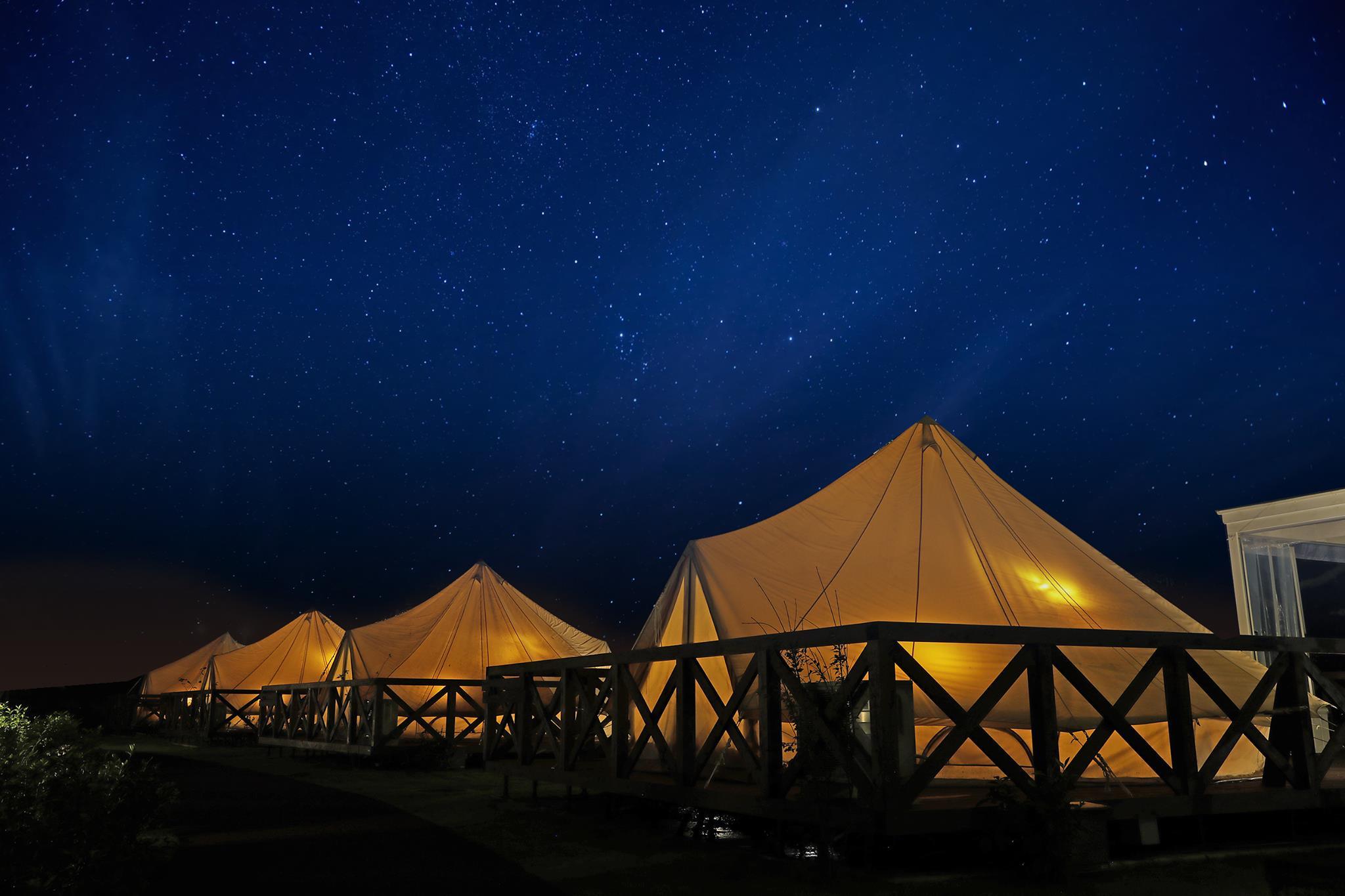 関東のおすすめグランピング施設「ウフフビレッジ」の夜景