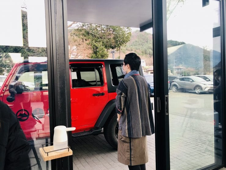 星のや富士の送迎車