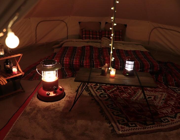 ビヤンドビレッジのテント客室の室内