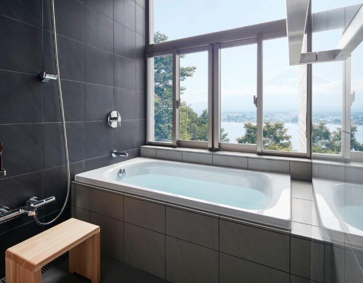 星のや富士の浴室